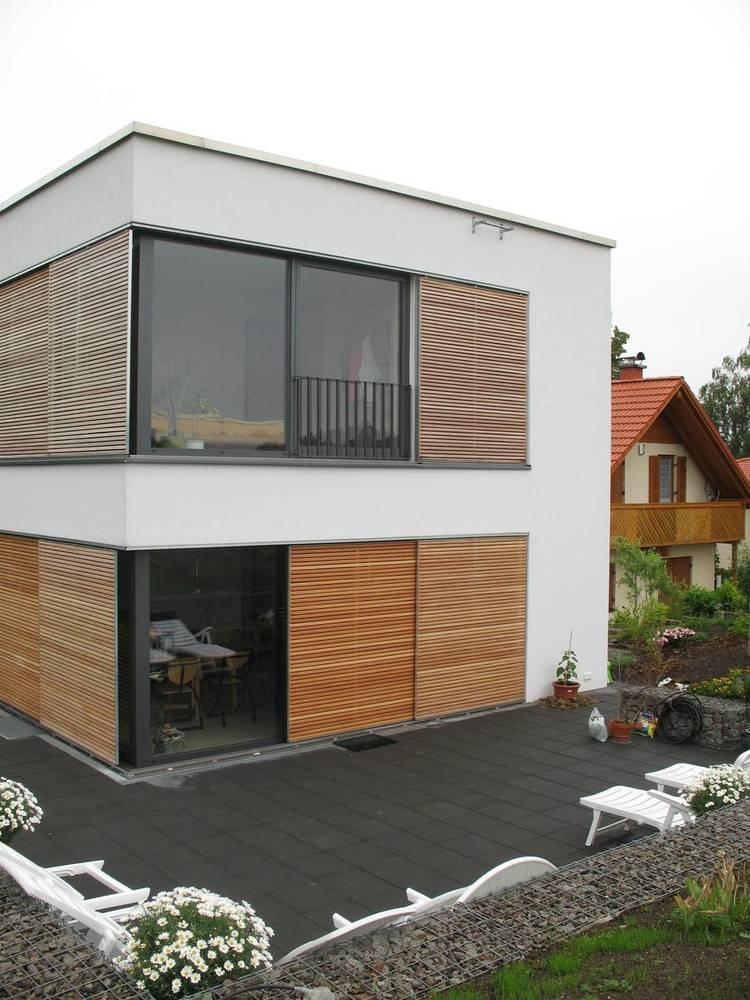 Schiebeladen Aus Holz Neli Lux Licht Und Sonnenschutztechnik Gmbh